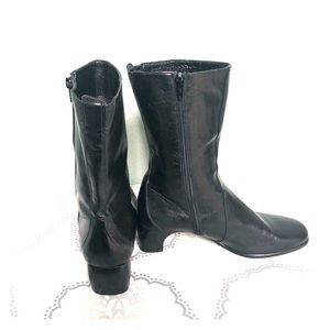 Cole Haan Black Leather Mid Calf Boots Size 8 B